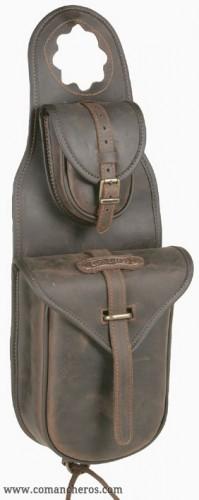 Double pocket western pommel bag