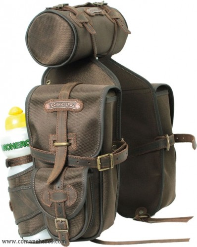 Front saddlebag with roll
