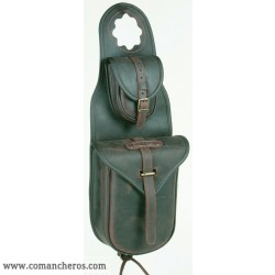 Horn saddle bag with quick release