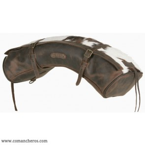 Half-moon shaped cantle bag for horse saddle