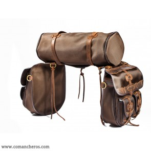 Saddlebag set with pockets and roll