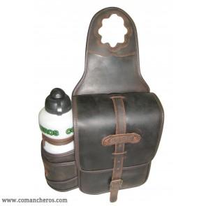 Single pommel bag with bottle holder